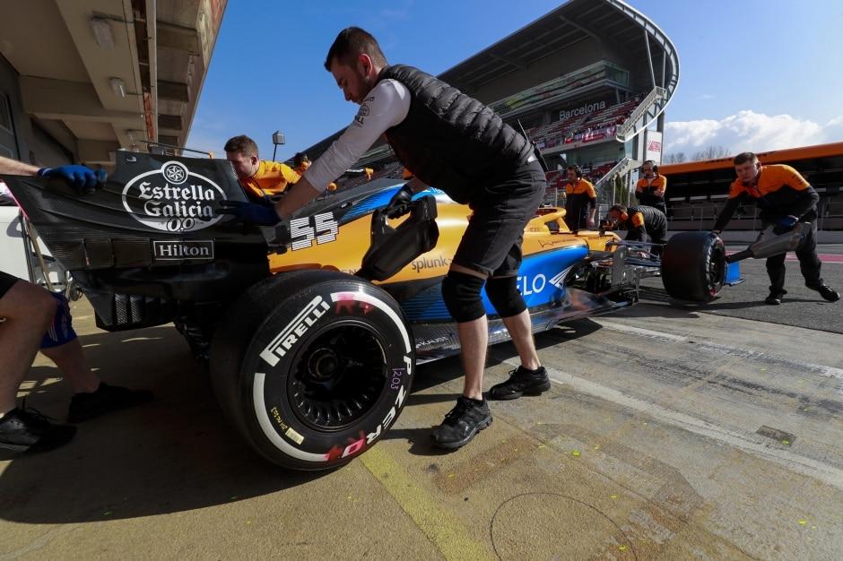 McLaren začne podle plánu příští rok odebírat motory Mercedes