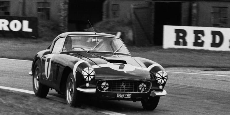 Proč Stirling Moss nikdy nezávodil za Ferrariho