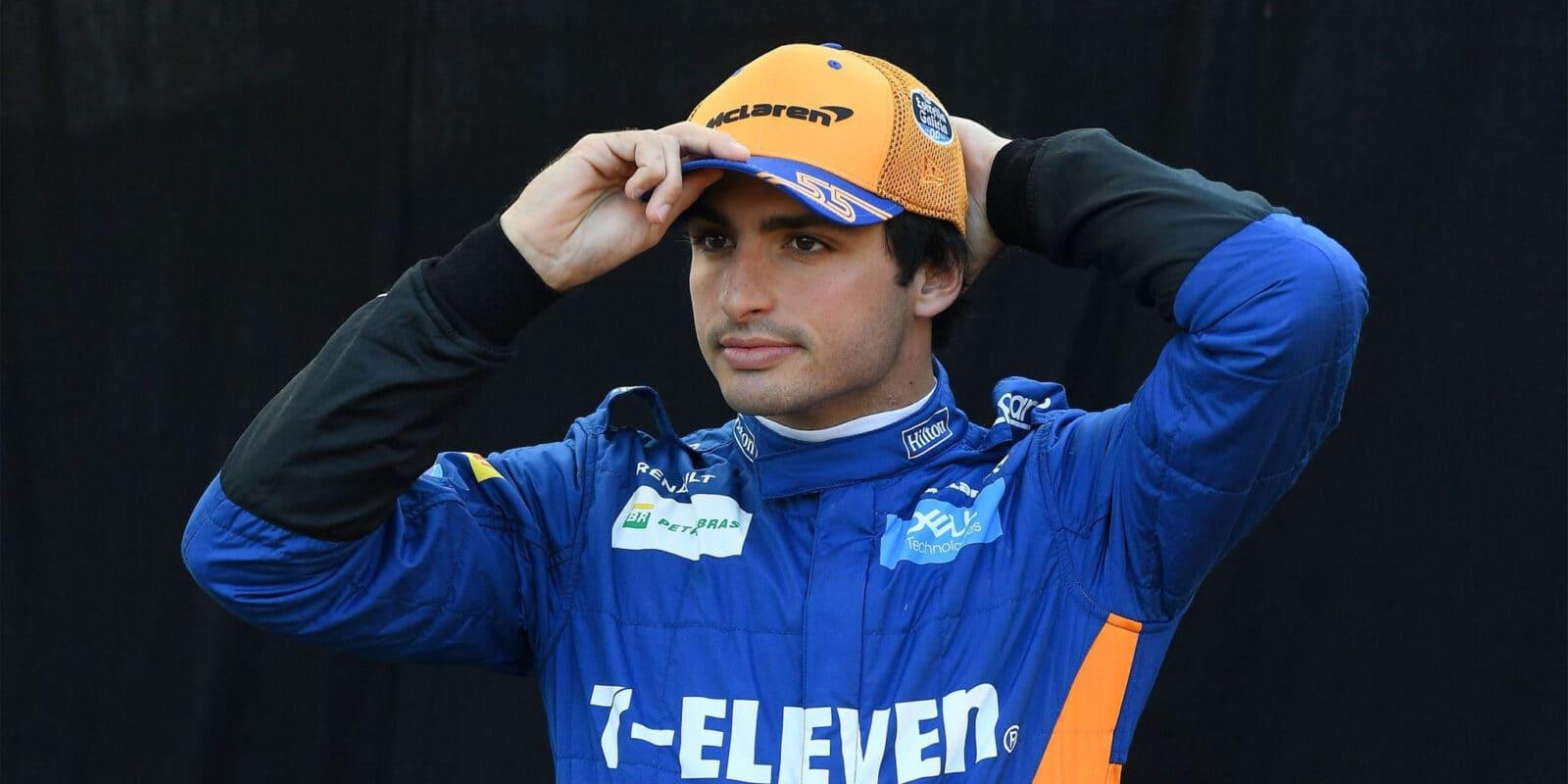 Oficiálně: Carlos Sainz přechází k Ferrari!