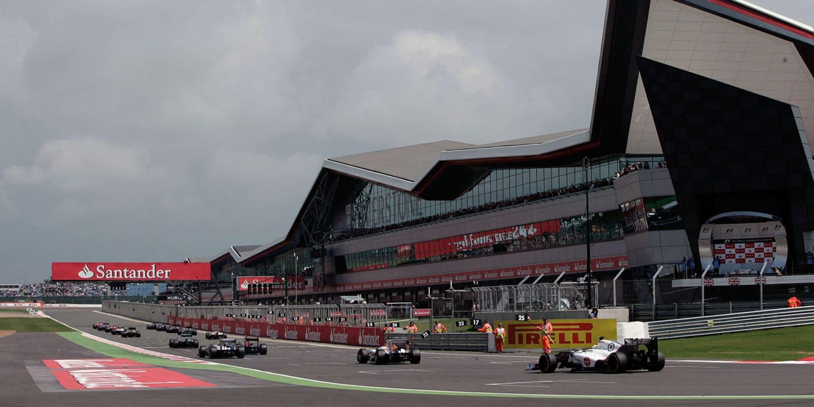 Silverstone a Spa dostaly zelenou, v Británii letos dvakrát