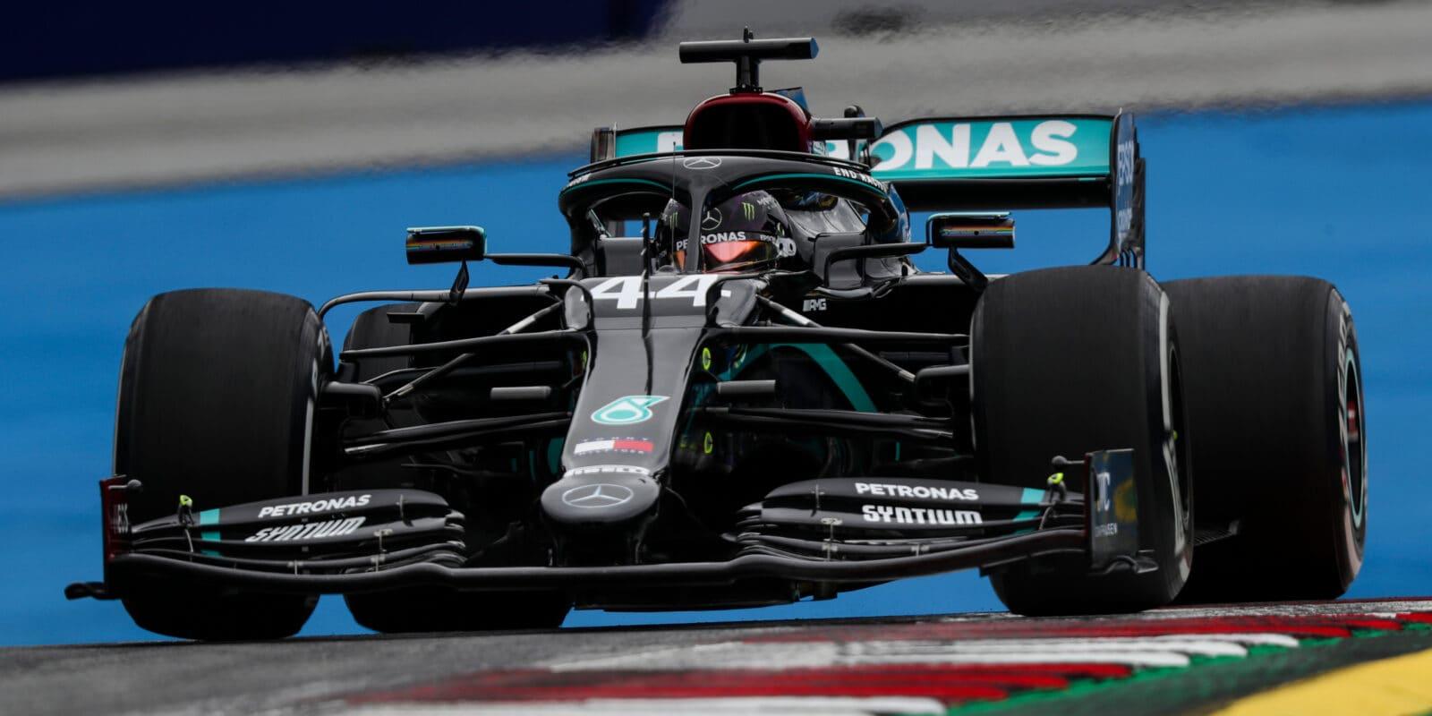 Mercedes: Nemáme rychlé řešení problému převodovky