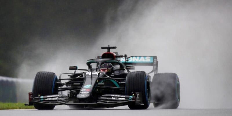 Hamilton zajel božské kolo, Bottas ztratil 1,4 sekundy