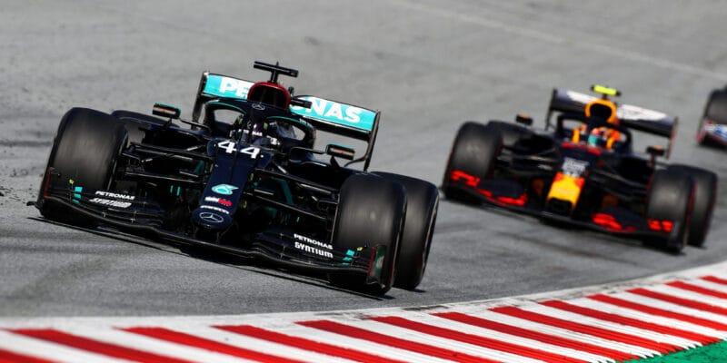 Mercedes v Maďarsku očekává silnější Red Bull