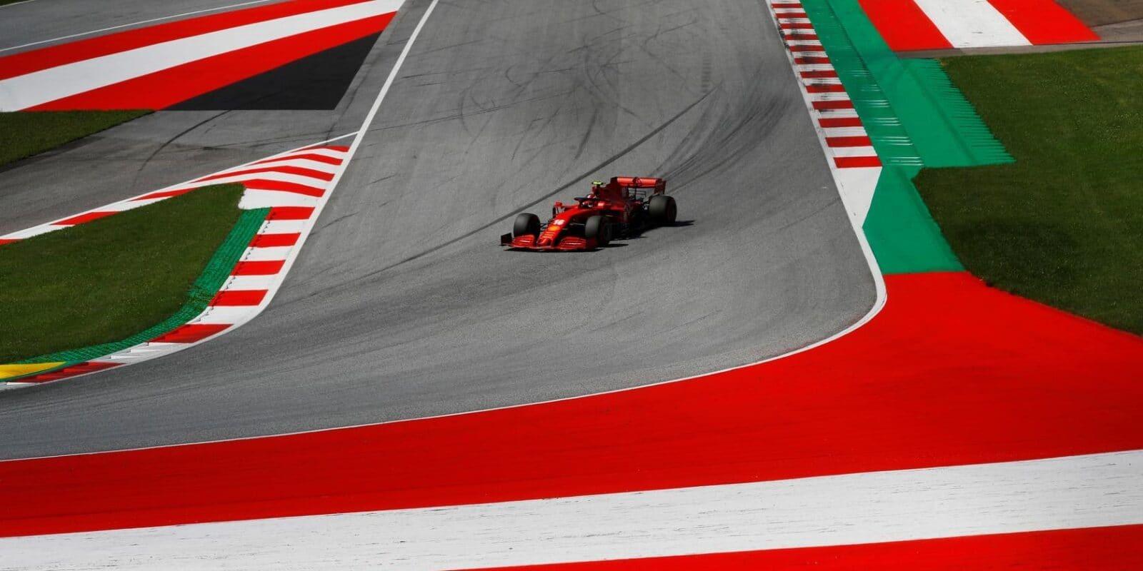Byl to jeden z mých nejlepších závodů, raduje se Leclerc