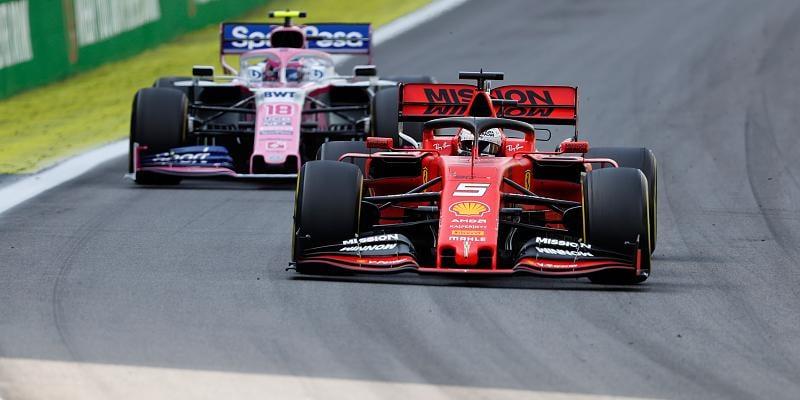 Vettel hovořil s Racing Pointem, na kontrakt nepospíchá