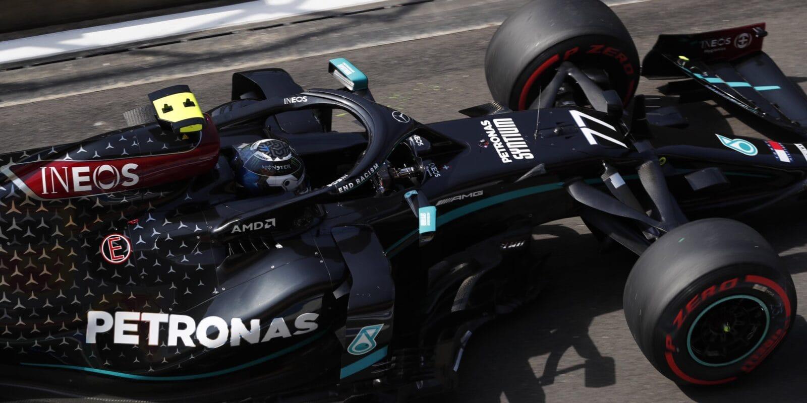 Poslední volný trénink před kvalifikací na GP Velké Británie vyhrál Bottas