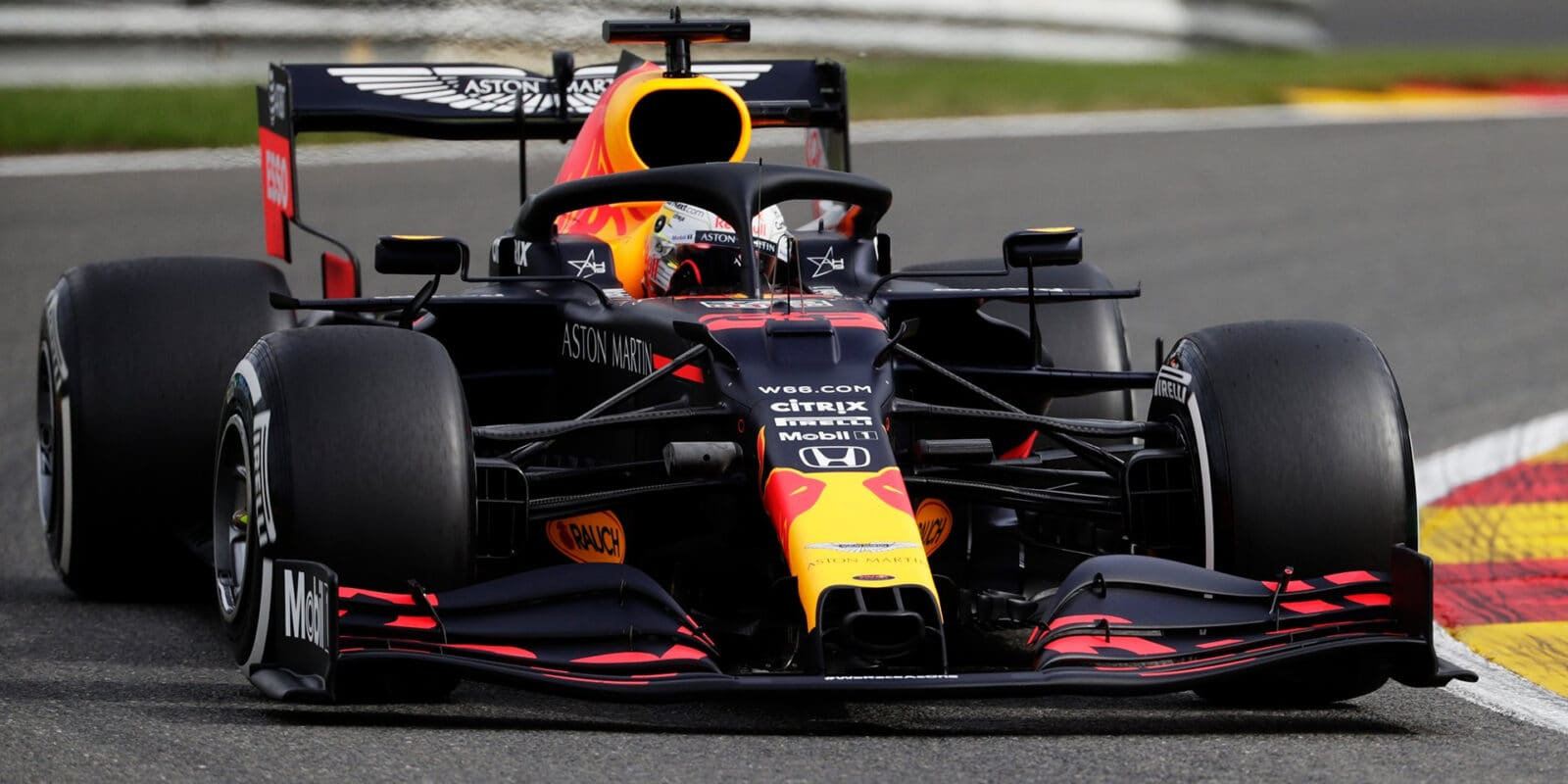 Druhý trénink v Belgii vyhrál Max Verstappen