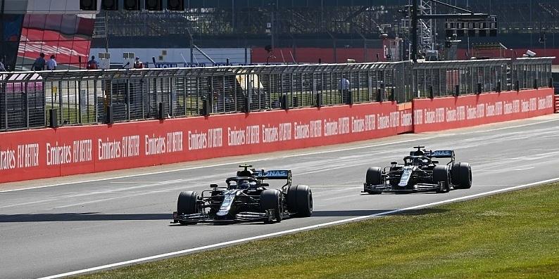 Mercedes prodělal na strategii a nefungujícím obutí