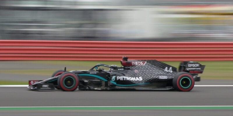 Mercedes znovu na čele, Norris třetí