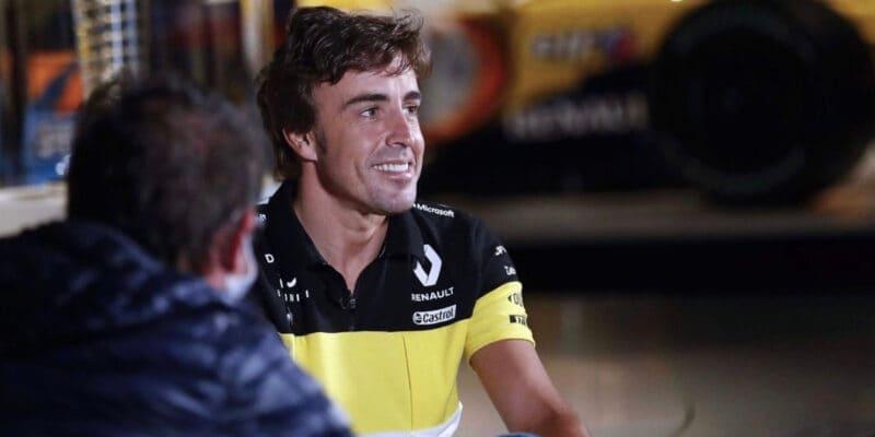 Alonso v testu nováčků? Potřebuje schválení od FIA