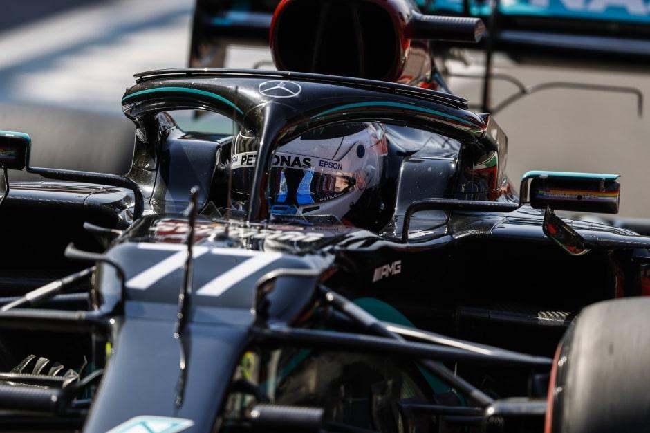 Bottasovu pole position zhatily žluté vlajky