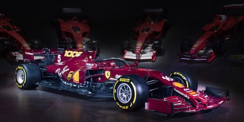 """Ferrari představilo """"retro"""" zbarvení pro tisící závod"""