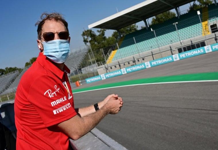 Sebastian Vettel sledoval kvalifikáciu ako divák