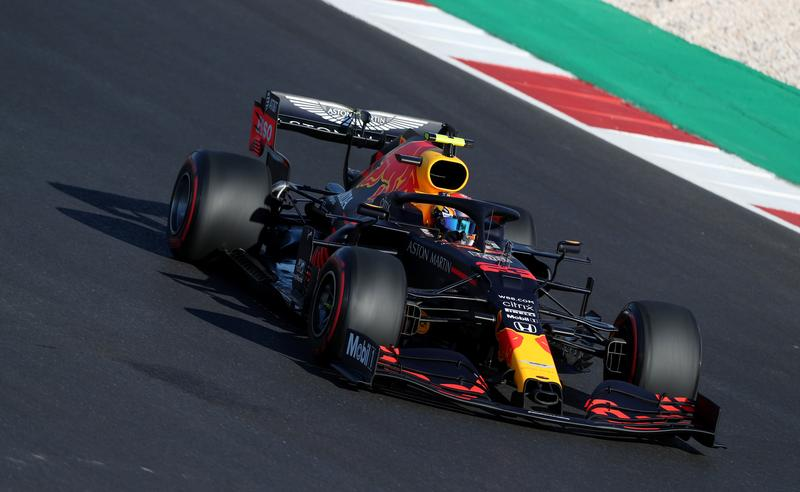 Red Bull se poohlédne mimo vlastní akademii, pokud propustí Albona