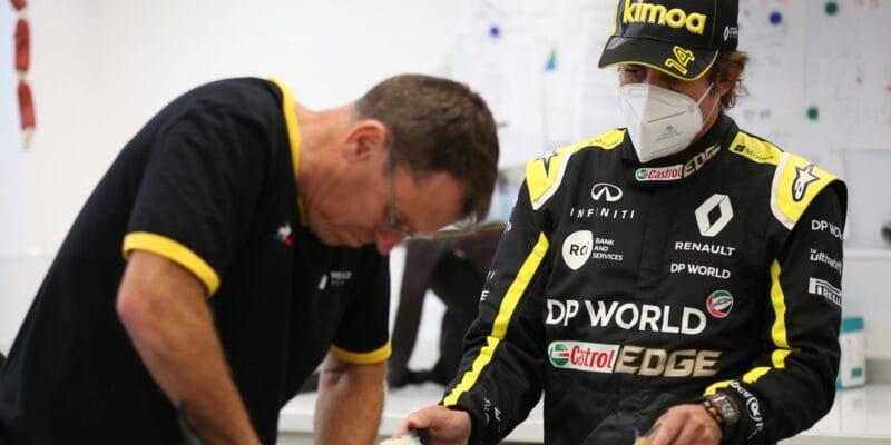 Alpine potvrdil, že se Alonso nezúčastní odhalení auta