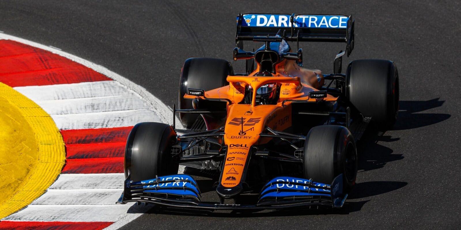 FIA uvolnila limity tratě po pátečních prohřešcích
