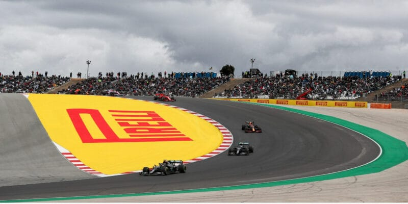 VC Portugalska vyhrál Hamilton a překonal Schumachera
