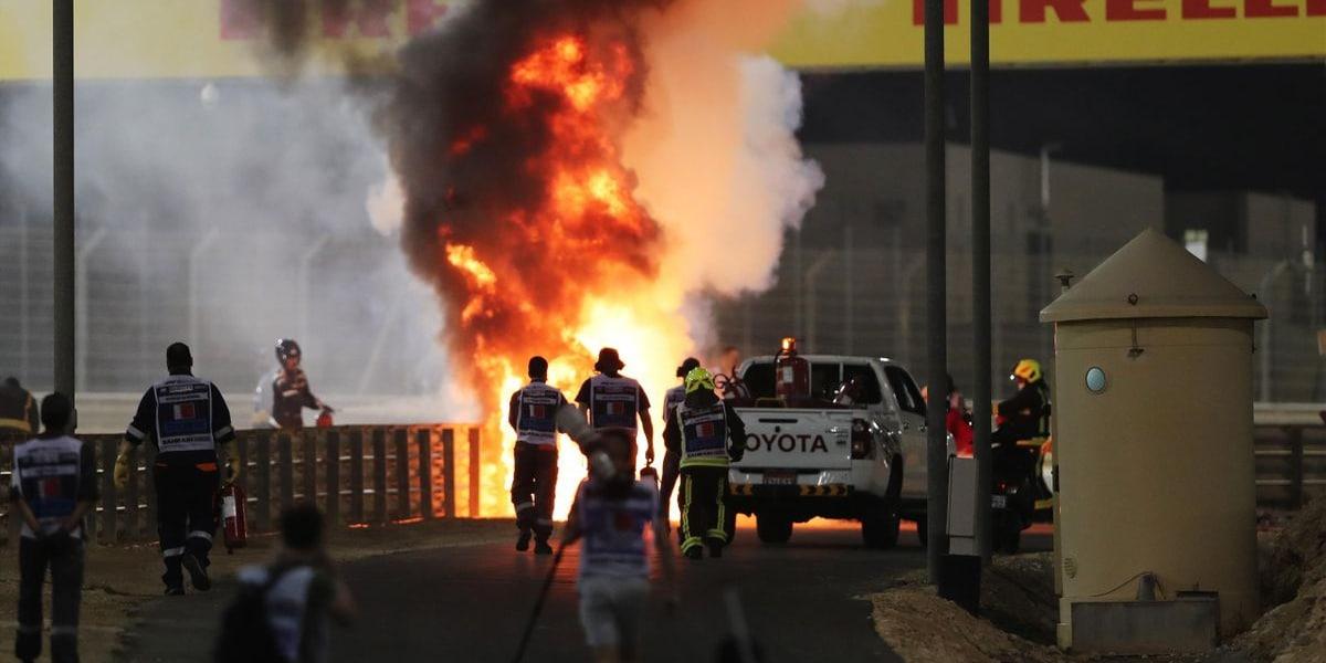 Hororová havárie v Bahrajnu! Grosjean utrpěl mírná zranění