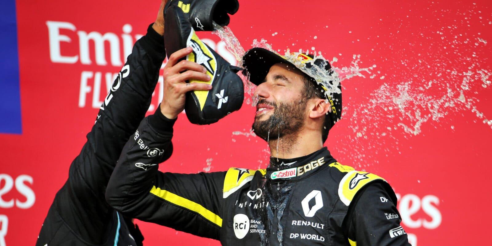 Ricciardo: Usmíval jsem se, když Pérez zajel do boxů