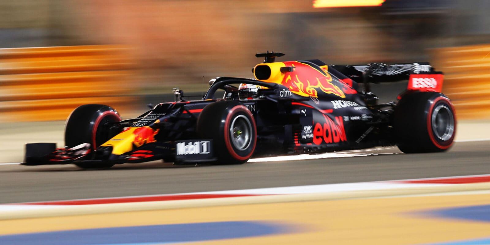 Poslední trénink na Sachíru: Nejrychlejší byl Verstappen