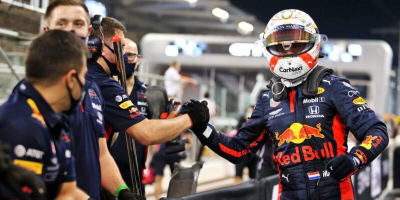 Poklidný závěr sezony zvládl nejlépe Verstappen