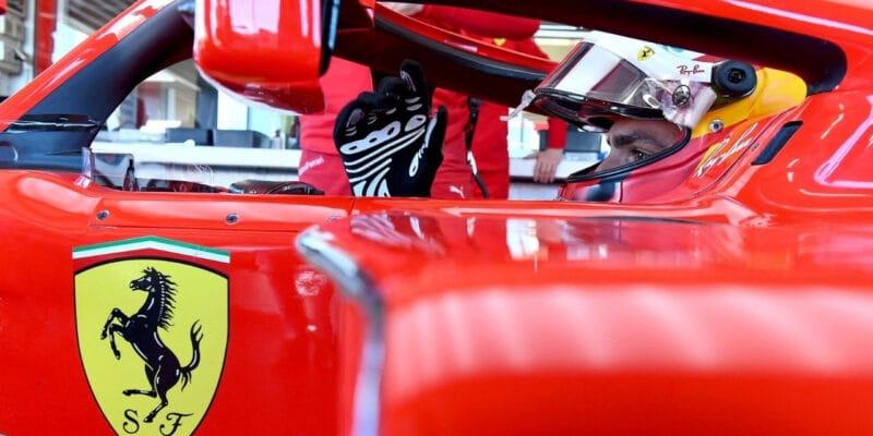Šok pro tifosi: Sainz je šel po testu pozdravit