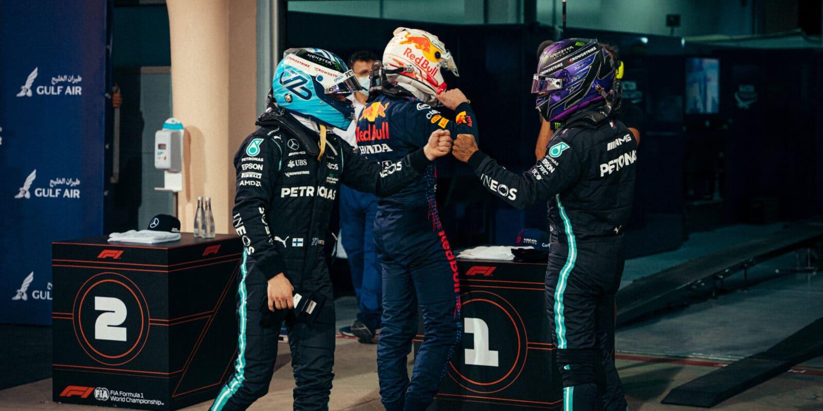 Hamilton tomu dal vše, na Verstappena však nestačil