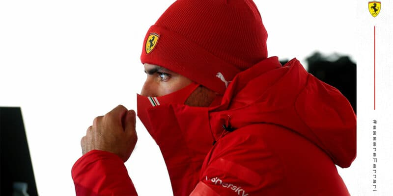 """Ferrari neočekává, že Sainz  """"plně zapadne"""" do týmu už v prvním závodě"""