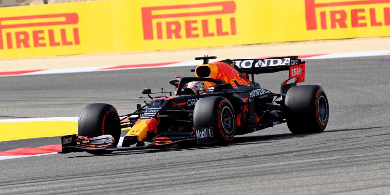 FP2: Nejrychlejší znovu Verstapen, Räikkönen boural