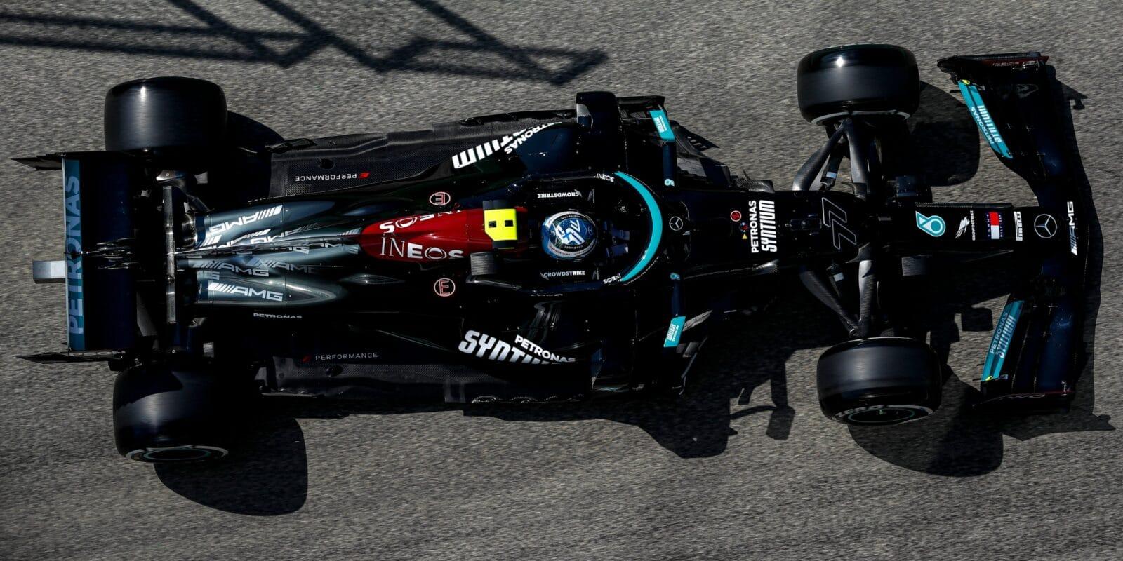 V Imole zahájil nejlépe Mercedes, první Bottas