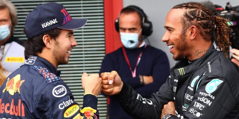 Hamilton vítá konkurenci, Red Bully má v patách