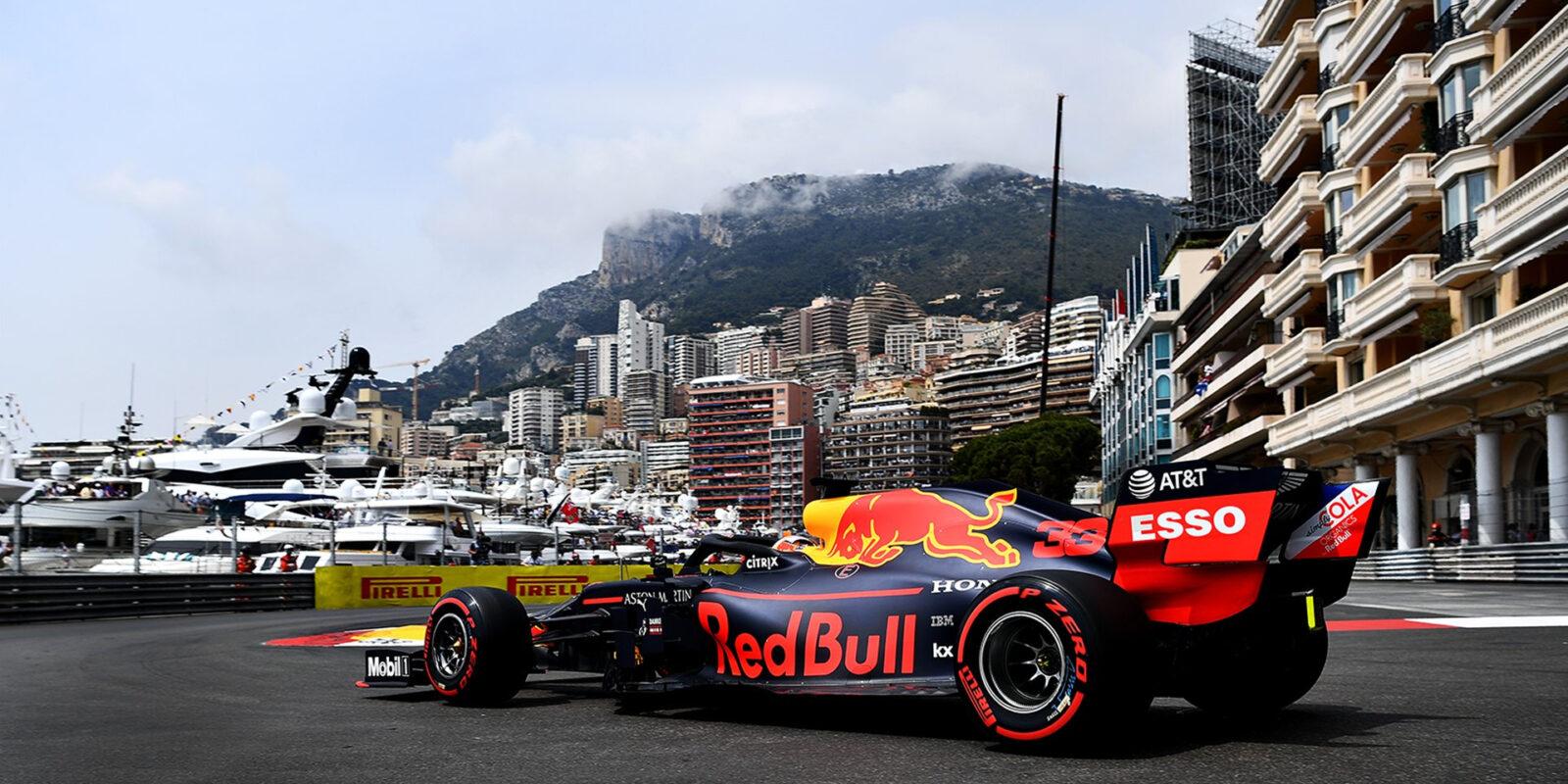 Čtvrteční dopoledne v Monaku ovládl Pérez