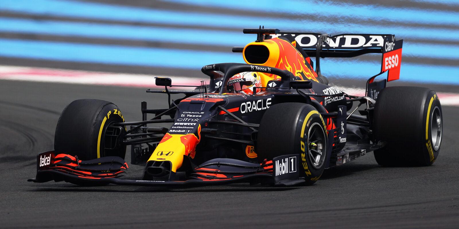V prvním tréninku nejrychlejší Verstappen, Räikkönen šestý