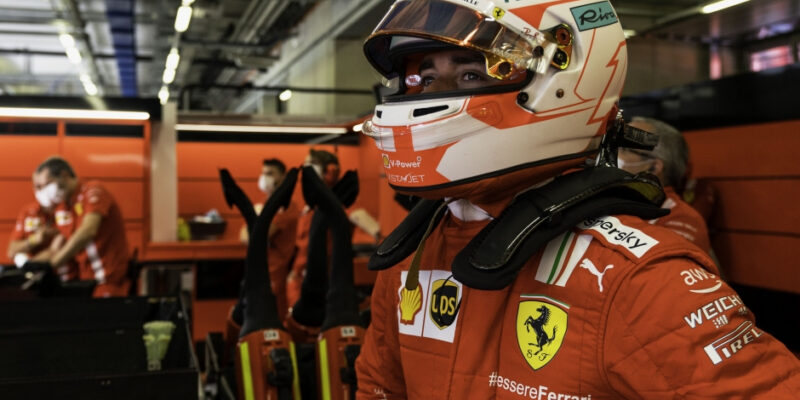 Z frašky je jeden z mých nejlepších závodů, září Leclerc