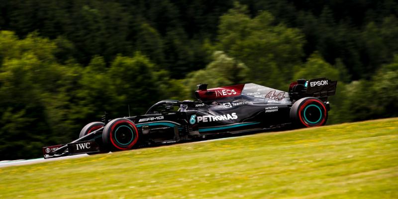 Poslední trénink ve Štýrsku: Nejrychlejší Hamilton, McLareny na chvostu