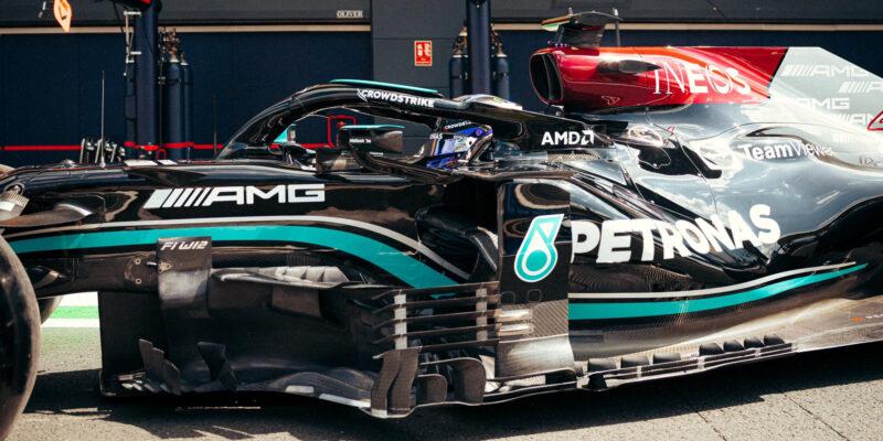Kvalifikaci pro sprint ovládl těsně Hamilton, Russell osmý