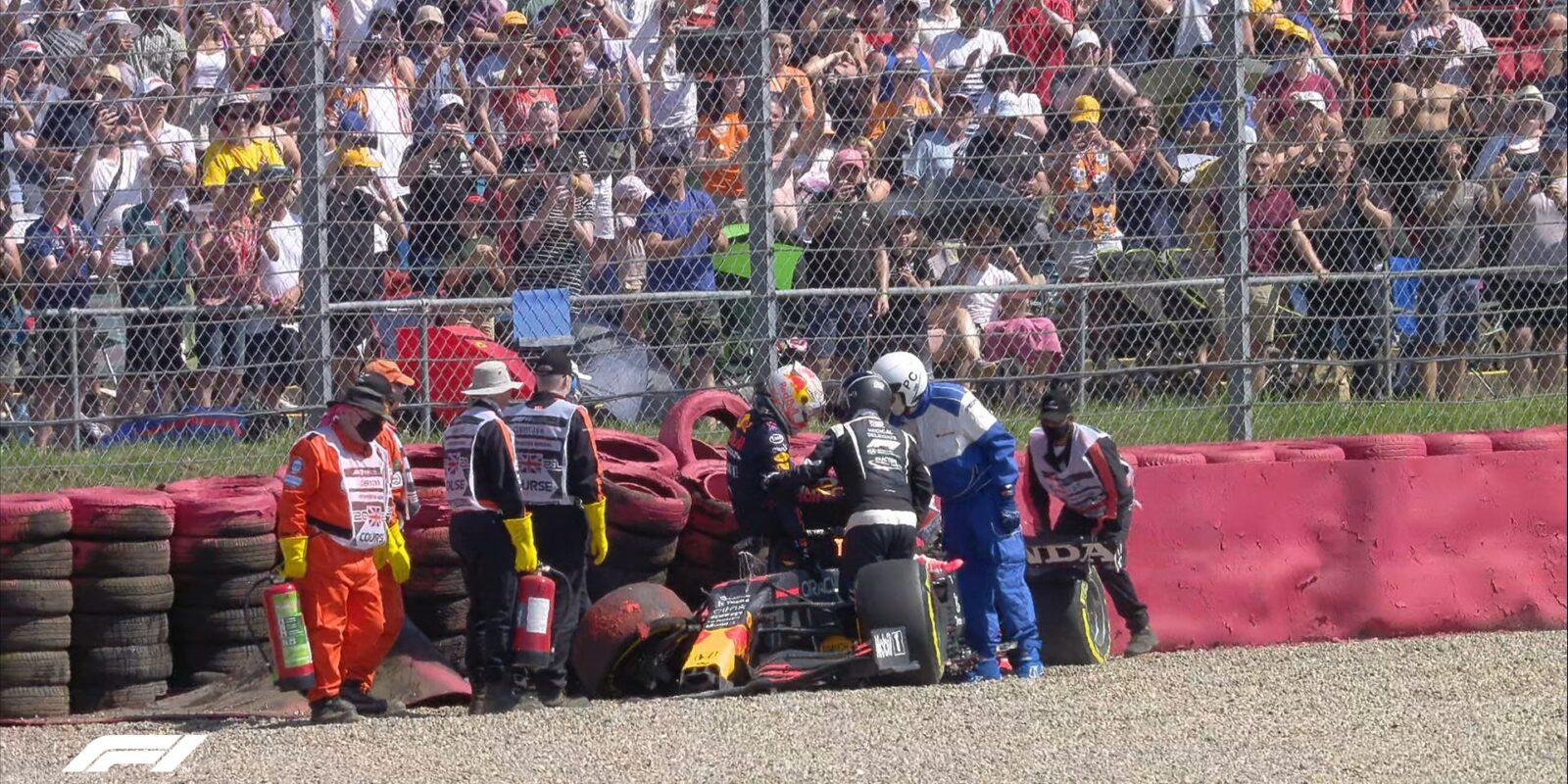 Proč FIA potrestala Hamiltona za kolizi s Verstappenem?