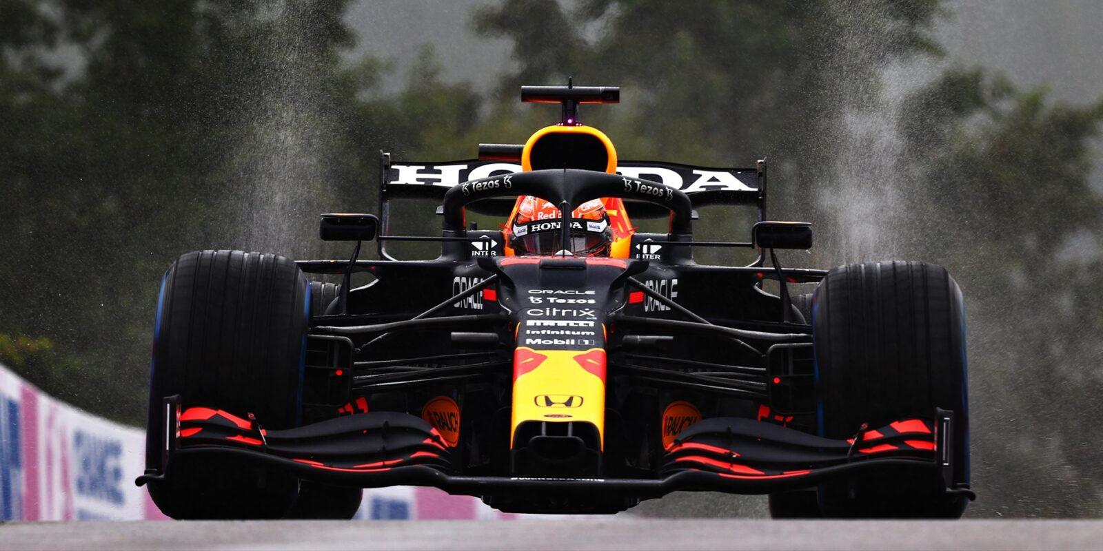 """Závod v Belgii, který se """"nejel"""", vyhrál Max Verstappen"""