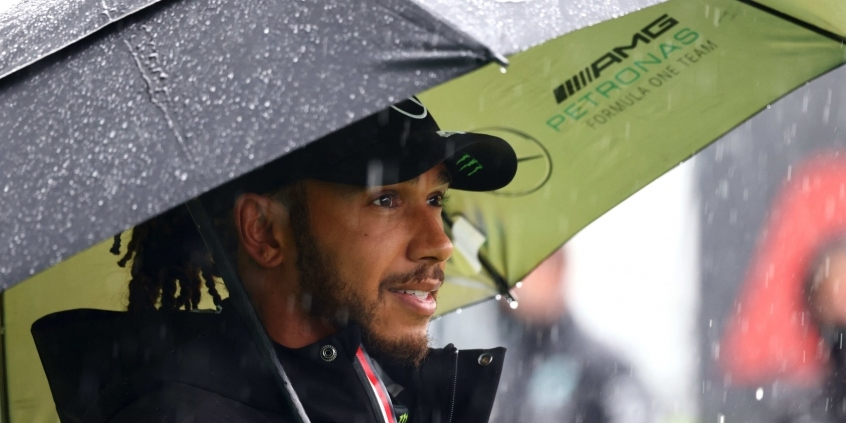 FIA zamietla Hamiltonovu žiadosť o vrátenie vstupného