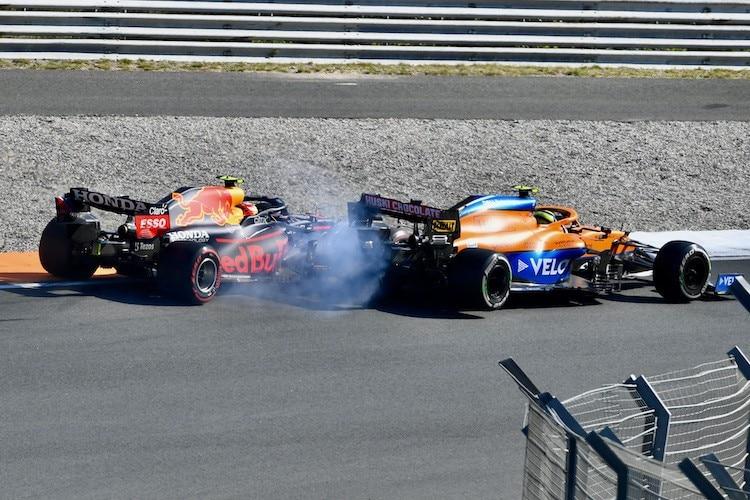 Nebylo to od Norrise férové, kritizuje Rosberg Britův manévr na Péreze