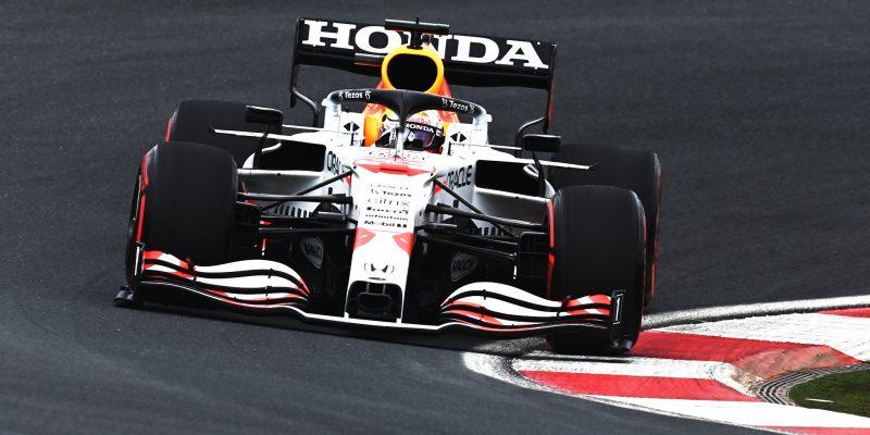 Realista Verstappen: Red Bull nemá proti Mercedesu šanci