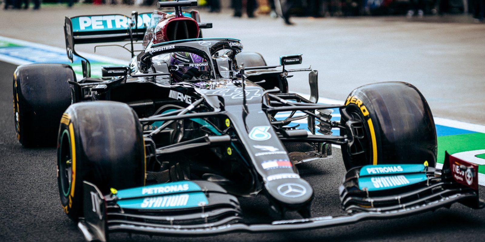 Kvalifikaci ovládl Hamilton, Schumacher se dostal do Q2!